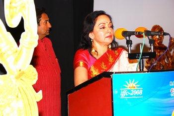 8 Hema Malini addressing the gathering
