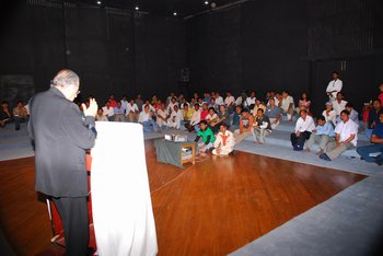 workshop on script writing being taken by renowned hollywood director Krishna Shah